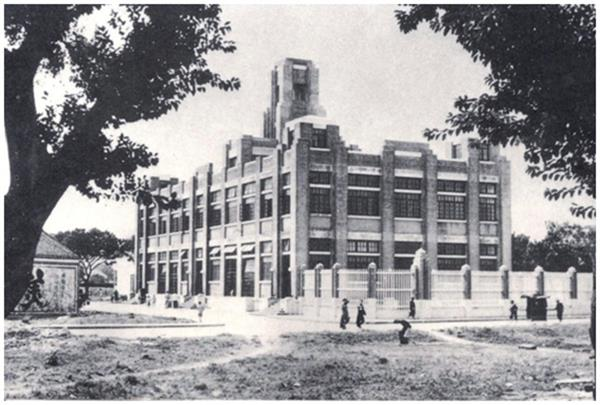 1936年6月建成後的紅街市